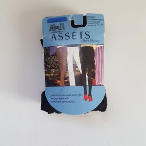 Spanx Assests Terrific Textured Tights Size 4